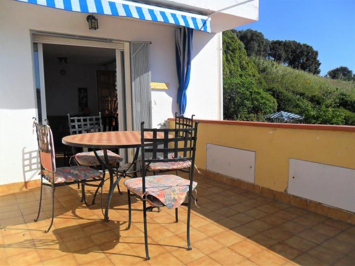 Piso en pineda de mar con terraza y plaza de aparcamiento - Pisos en pineda de mar ...