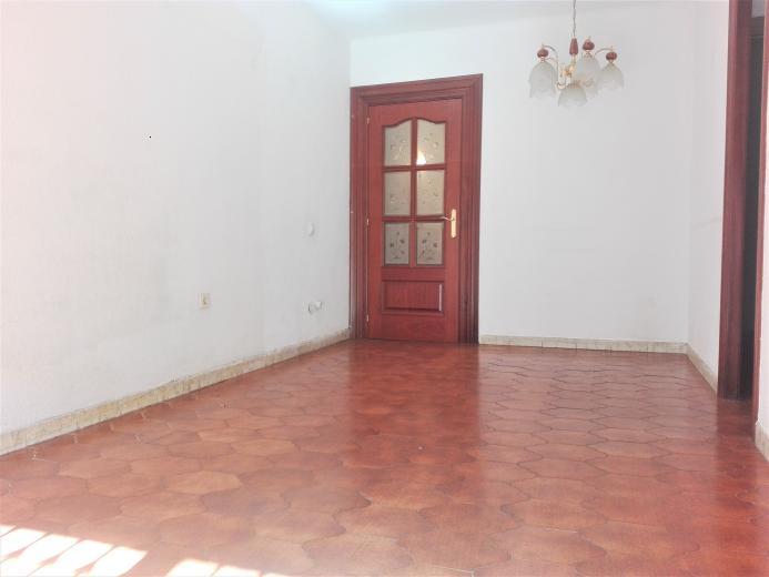 Oportunidad perfecta con 3 habitaciones - Pisos en pineda de mar ...